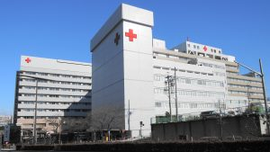 reducing number of expensive hospital visits with ACOs